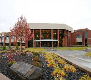 Yakima-Valley-Community-College.jpg